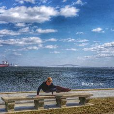 Living in #maryland for almost all my life I've never been to Ft. McHenry. Took a day trip there on Sunday. Very pretty and lots of history! #baltimore #yoga #yogagirl #yogaeverydamnday #instayoga #ua #iwill #iwillwhatiwant @uabrandhouse #strength #flexible #fitspiration #girlswithmuscles #vinyasa #stretchyouryoga #fitchicks #yogacocktailfitness