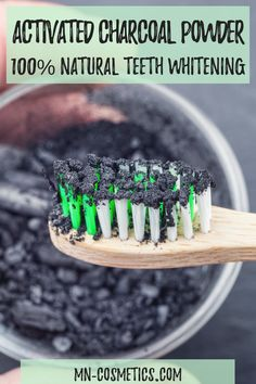 Activated Charcoal Powder by Mother Nature Cosmetics gives you Natural Teeth Whitening. Diy Beauty, Beauty Hacks, Beauty Blogs, Beauty Products, Natural Beauty Recipes, Skin Care Remedies, Natural Remedies, Natural Teeth Whitening, Activated Charcoal