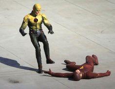 The-R-Flash-01