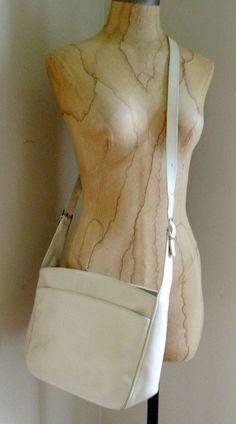 LONGCHAMP DERBY VERNI IVORY CREAM PEBBLED LEATHER CROSSBODY HANDBAG W/ DUST BAG #Longchamp #MessengerCrossBody