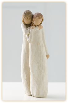 Willow Tree Chrysalis Mutter und Tochter Mother and Daughter Willow Tree Susan Lordi, Willow Tree Engel, Willow Tree Figuren, Shabby Chic Romantique, Angel Sculpture, Wood Sculpture, To My Daughter, Mother Daughters, Hand Painted