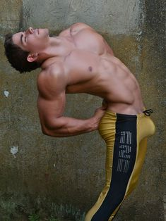 jockbrad:  Swimmers, wrestlers, football players / singlets, jockstraps, speedos and spandex!http://jockbrad.tumblr.com/