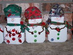 Mounting a Block or Paver Walkway – Outdoor Patio Decor Snowman Crafts, Christmas Projects, Holiday Crafts, Fun Crafts, Christmas Crafts, Christmas Decorations, Christmas Ornaments, Christmas Ideas, Yard Decorations