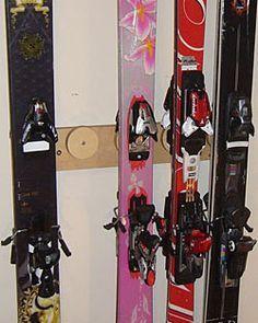 Button Ski Rack - 5 Pair | CozyWinters