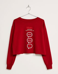 BSK printed cropped jumper. Discover this and many more items in Bershka with new products every week