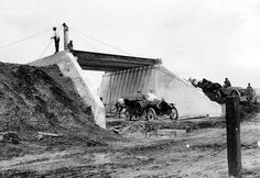 Building the LI Motor Parkway