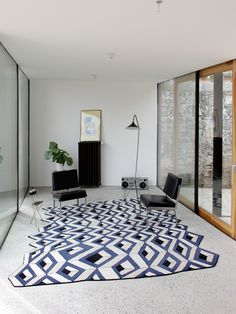 Source: BASTPhotography: Sylvain Mille + BASTA Toulouse house is emptied to incorporate rooms. Toulouse, Canvas Curtains, Outdoor Privacy, Brick Facade, Skylight, Condominium, Kitchen Flooring, Terrazzo, Architecture
