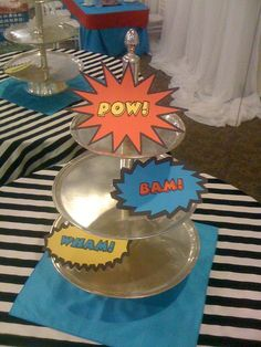 Cake Table (cards by The Inviting Pear) Batman Wedding, Geek Wedding, Dream Wedding, Wedding Ideas, Wedding Fun, Wedding Hair, Kids Party Themes, Party Ideas, Comic Book Wedding