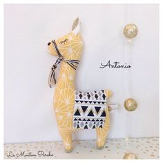 Doudou Lama réalisé sur commande | Etsy Selling Handmade Items, Handmade Toys, Sewing Toys, Baby Sewing, Llama Stuffed Animal, Felt Animal Patterns, Diy Y Manualidades, Handmade Stuffed Animals, Fabric Toys