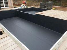 Black Pool 44