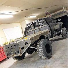custom trucks parts Jacked Up Trucks, Cool Trucks, Big Trucks, Chevy Trucks, Pickup Trucks, Jeep Pickup, Custom Flatbed, Custom Truck Beds, Custom Trucks