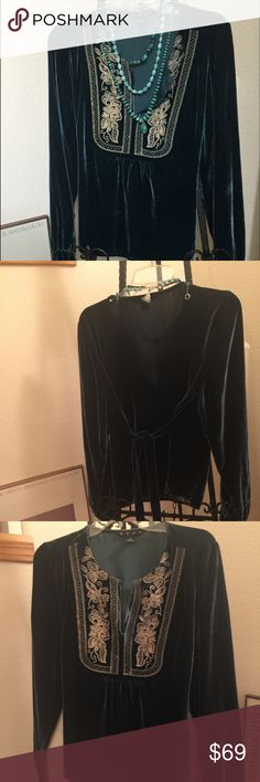 Hype Vintage Deep Blue Velvet Top size Small Great look with your Turquoise  & Silver jewelry,  denim or tiered midi length skirt . Hype Tops Tunics