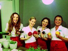 Elite Helses team deler kunnskap om raw food.  Bra for kropp og sjel :)