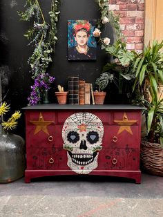Mexican sugar skull frida kahlo inspired painted in annie sloan burgundy... day of the dead style Upcycled Furniture, Industrial Furniture, Candy Skulls, Annie Sloan, Sugar Skull, Halloween Decorations, Burgundy, Mexican, Inspired