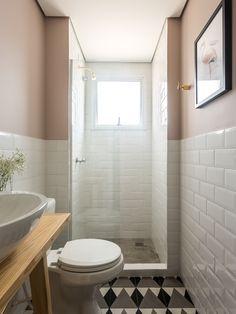 banheiro, preto, branco, cinza, madeira, ladrilho hidráulico, tijolo metrô, rosa