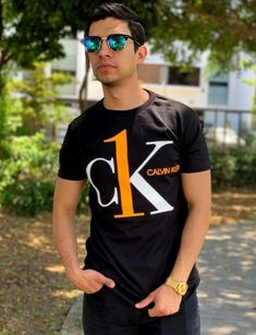 Swag Outfits, Casual Outfits, Men Casual, Printed Shirts, Tee Shirts, Swagg, Shirt Style, Calvin Klein, Boss