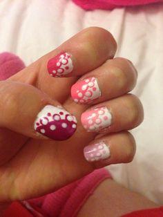 Pink ombré nail art