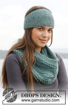 """Knitted DROPS neck warmer and head band in garter st with dropped sts in """"Andes"""". ~ DROPS Design"""