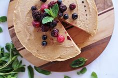 <p>You can feel GREAT about eating this cake because it's super healthy and has only simple, wholesome ingredients: fruit and nuts.</p>