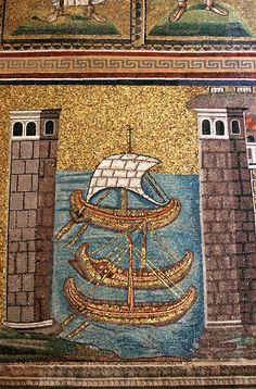 Sant' Apollinare Nuovo, Ravenna. The mosaic dates from c.500 AD     Bizancio