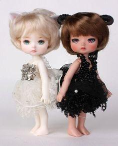 """좋아요 7개, 댓글 1개 - Instagram의 mini(@petite_jiwoo)님: """"#petitejiwoo #doll #resindoll #dollstagram #toy #arttoy #tiny #handmade #dollpainting #dollmakeup…"""""""