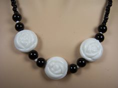 Black and White Flower Necklace and Earrings by ArtOfAlice on Etsy