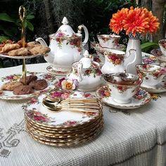 Old Country Roses Tea Party by Royal Albert. Ornate, feminine, Alice in wonderland-esque Vintage Dishes, Vintage Tea, Tea Cup Saucer, Tea Cups, Afternoon Tea Parties, China Tea Sets, Rose Tea, Tea Service, Dinner Sets