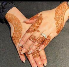 Pretty Henna Designs, Latest Henna Designs, Floral Henna Designs, Finger Henna Designs, Henna Tattoo Designs Simple, Arabic Henna Designs, Beginner Henna Designs, Mehndi Design Pictures, Modern Mehndi Designs