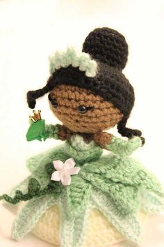 Tiana Princess amigurumi crochet pattern by Sahrit