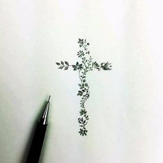 Cross tattoo made of children's birth month flowers - Art - Tattoo-Ideen Wörter Tattoos, Hawaiianisches Tattoo, Tattoo Motive, Hand Tattoos, Piercing Tattoo, Back Tattoo, Flower Tattoos, Body Art Tattoos, Small Tattoos