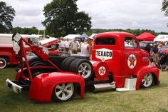 COE Texaco themed tow truck