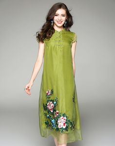 #VIPme Green Plain Silk Embroidery Eastern Cheongsam Dress ❤️ Get more outfit ideas and style inspiration from fashion designers at VIPme.com.