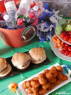Enjoy the game more with these Quick Tailgating Food Ideas #ad #Tyson #TailgatingIdeas
