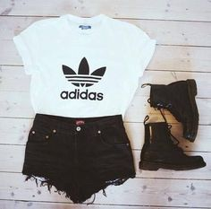 Image via We Heart It https://weheartit.com/entry/166154291/via/30147437 #adidas #black #boots #cute #docs #fashion #grunge #idea #inspiration #leather #love #outfit #punk #shorts #style #want #dr.martins