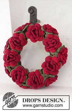 Natale DROPS: Ghirlanda DROPS lavorata all'uncinetto con fiori in Cotton Viscose. Modello gratuito di DROPS Design.
