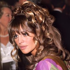 Julie Christie, Britains darling of the sixties, Oscar winning actress, stage actress and style icon. I have always admired her, I remembe. British Actresses, British Actors, Actors & Actresses, Julie Christie, 14 Avril, Grace Slick, Woman Movie, Hair Locks, Ethereal Beauty
