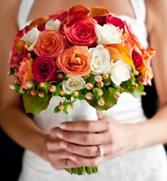 Beautiful wedding bouquet. I love this colour mix