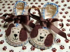 Baby boy BOOTIES with cute doggies. Soft soled baby shoes.