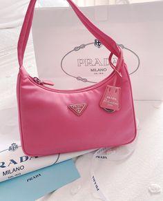 Cute Handbags, Prada Handbags, Purses And Handbags, Trendy Purses, Cute Purses, Luxury Purses, Luxury Bags, Mini Purse, Mini Bag