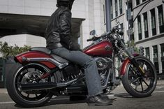 The New 2013 Harley-Davidson Breakout