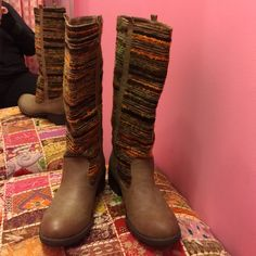 Wanted tall 8 new boots Wanted tall 8 new boots. Like new or new.  Consigned to my boutique, no trades no PayPal. Tried on at my store but otherwise look great. Textile upper and balance man made. Wanted Shoes Winter & Rain Boots
