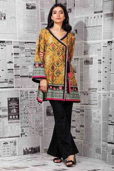 cab9d4685a 133 Best Winter Shirts & Kurtis Designs images in 2019 | Angrakha ...
