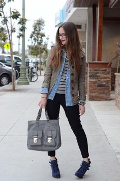 Khaki + Blue + Stripes | Go Chic or Go Home member Mara http://mlovesm.blogspot.com/