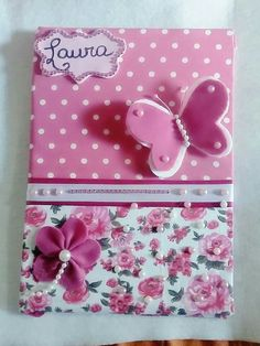 Cartões e capas customizados Foam Crafts, Diy Arts And Crafts, Preschool Crafts, Crafts For Kids, Paper Crafts, Notebook Cover Design, Diy Notebook, Decorate Notebook, Fabric Book Covers