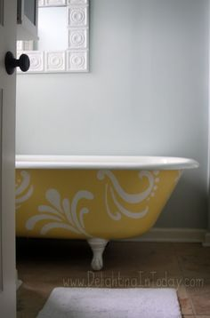 painted clawfoot tub | Beautiful! Sarah over at Delighting in Today has some handy tips for ...