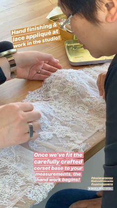 Floral lace hand appliqué There are different rumors about the annals of the marriage dress; Drape Dress Pattern, Corset Sewing Pattern, Dress Sewing Patterns, Bridal Corset, Lace Corset, Bridal Lace, Hand Applique, Sewing Clothes, Diy Clothes