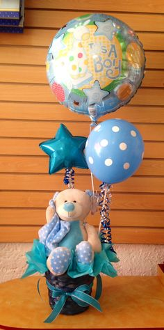 Arreglo de Globos con Muñeco de Peluche Teddy Bear Baby Shower, Baby Boy Shower, Baby Shower Gifts, Baby Gifts, Balloon Centerpieces, Baby Shower Centerpieces, Candy Bouquet, Balloon Bouquet, 2nd Baby Showers