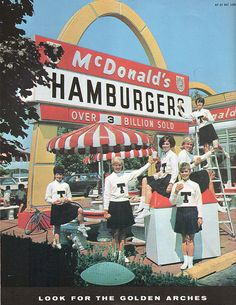 of Toledo Rocket's Cheerleaders/McDonald's Ad. McDonald's restaurant on Secor Rd. by Central Ave. Vintage Diner, Vintage Restaurant, Vintage Signs, Vintage Ads, Mcdonald's Restaurant, Vintage Stuff, Vintage Photos, Retro Advertising, Vintage Advertisements