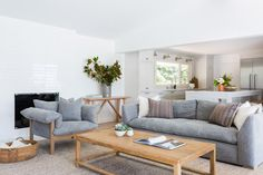 A Malibu Oasis by Kirsten Marie Inc. Cali, Living Room Designs, Living Room Decor, Living Rooms, Casual Family Rooms, Cozy Apartment, Family Room Design, Small Apartments, House Design