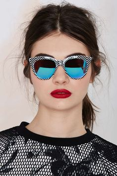 Quay Isabelle Cat-Eye Shades | Shop Accessories at Nasty Gal!